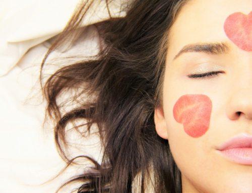 Bezkremowe noce – czy pielęgnacja skóry bez kremu to sposób na piękną cerę?